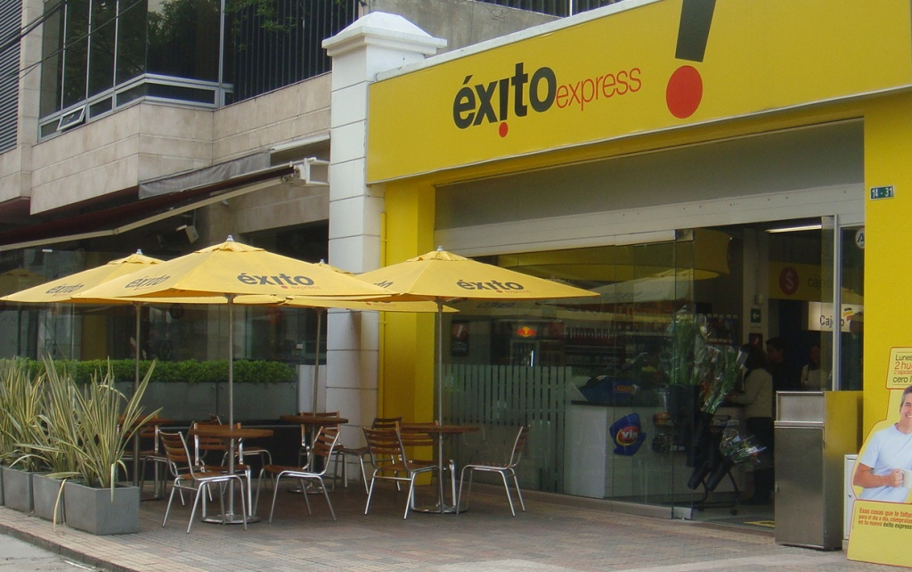 Supermarket chains promote the convenience format in Colombia